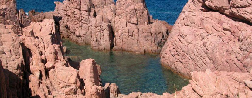 Costa-Paradiso-piscina-naturale