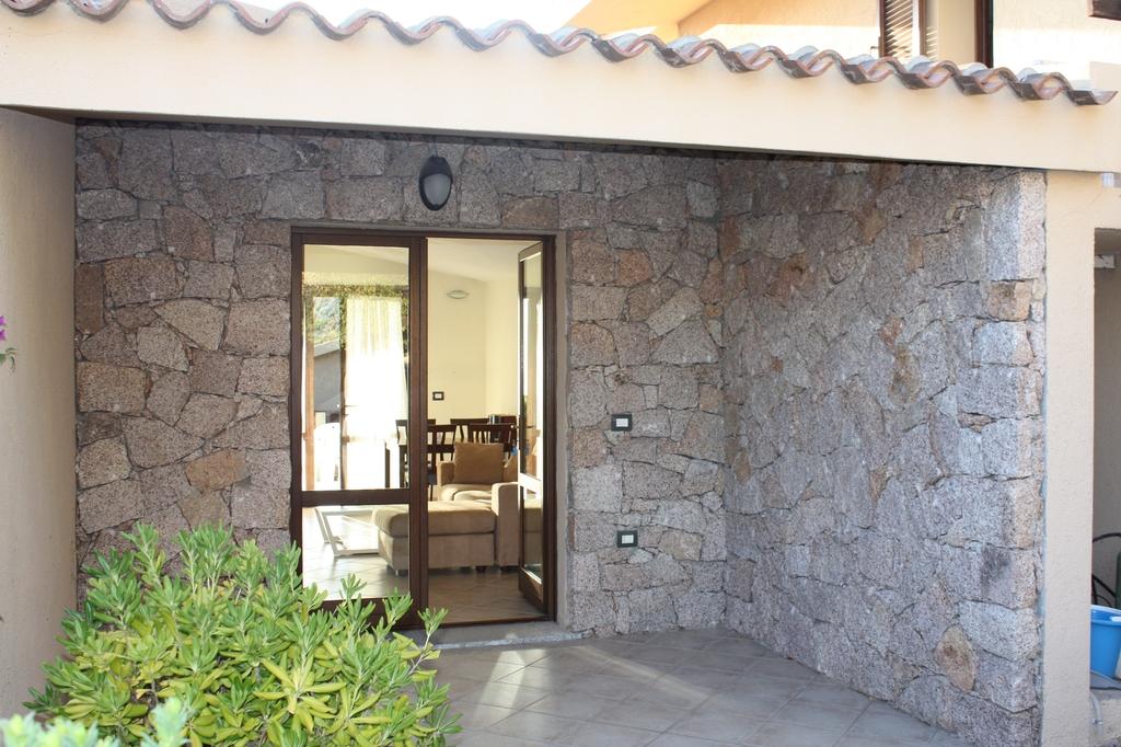 Costa Paradiso-Villino-Li Cossi-relax-ingresso