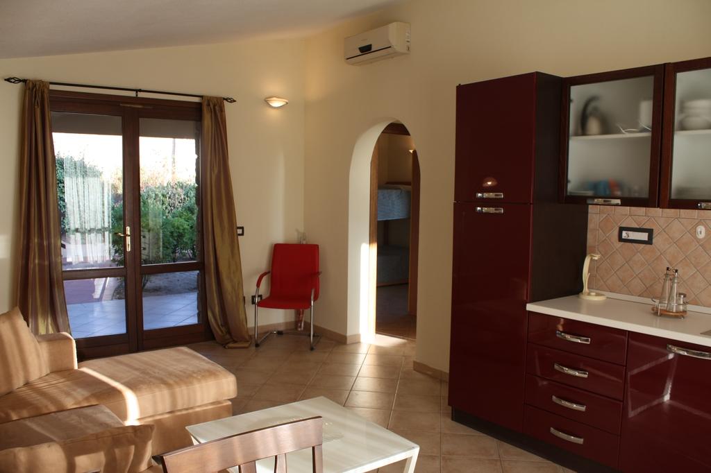 Costa Paradiso-Villino-Li Cossi-soggiorno (2)
