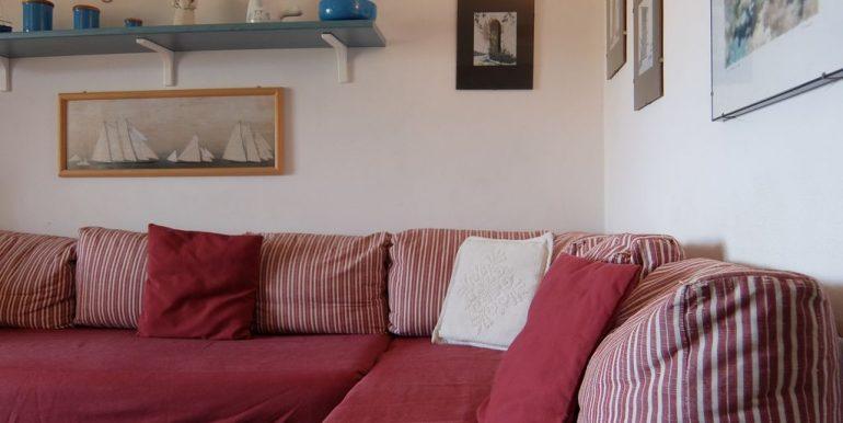 divano-soggiorno-villino-elisa