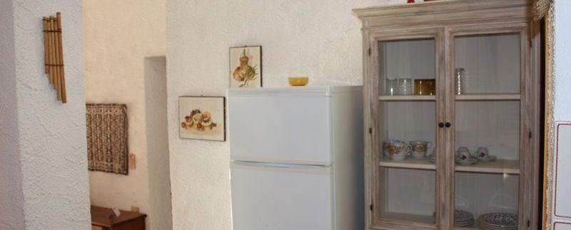 Rustico-Costa-Paradiso-cucinetta