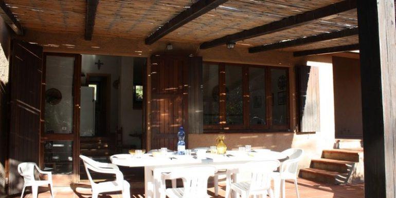 Rustico-Costa-Paradiso-patio