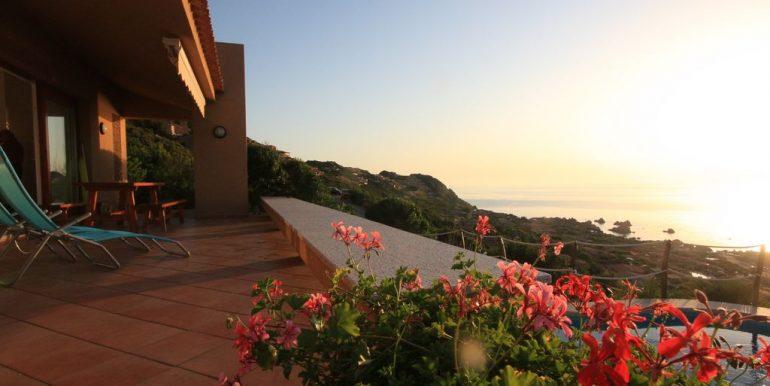 villa-anna-costa-paradiso-portico-fiori