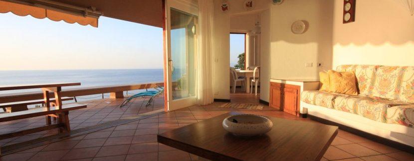villa-anna-costa-paradiso-soggiorno
