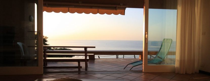 villa-anna-costa-paradiso-vista-mare-soggiorno