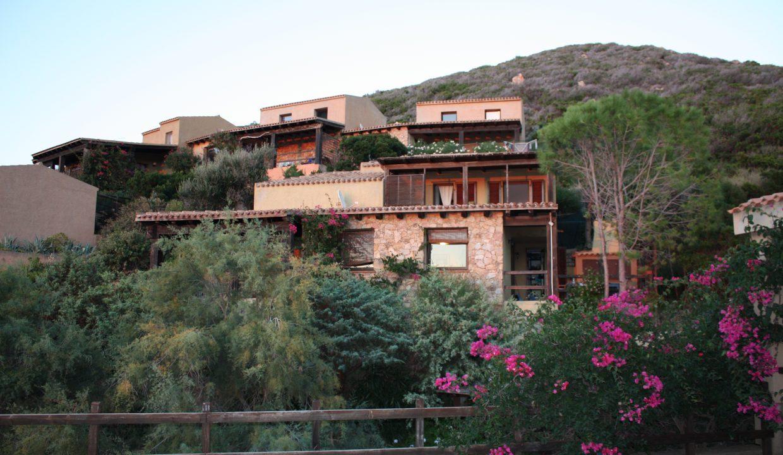 Villa Kia