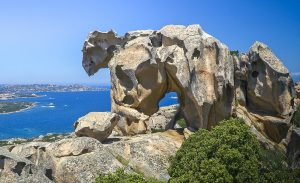 bear-rock-palau-sardinia