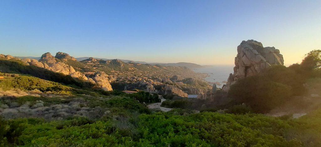 vista di costa paradiso al tramonto